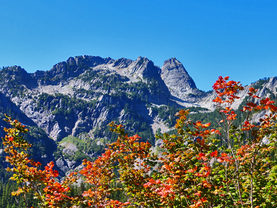 Fall colors pop along the Snow Lake Trail